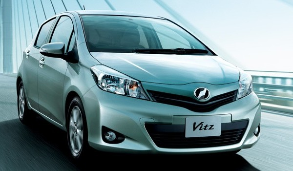 new 2013 toyota vitz front view picture New Toyota Vitz 2013 Price in Pakistan, Specifications & Review