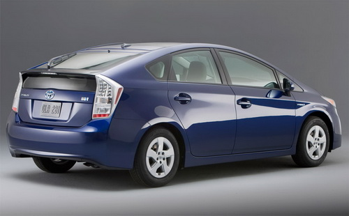 toyota prius 2013 price in pakistan pictures features review