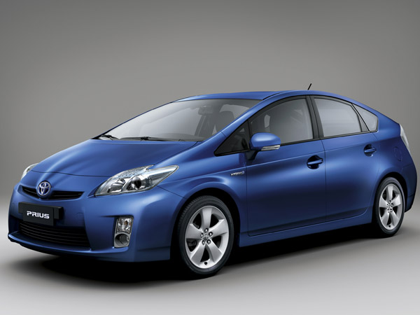 Toyota Prius 2013 Price in Pakistan, Pictures, Features, Review