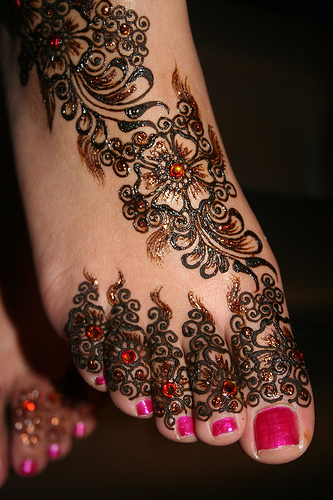 bridal-foot-mehndi-design