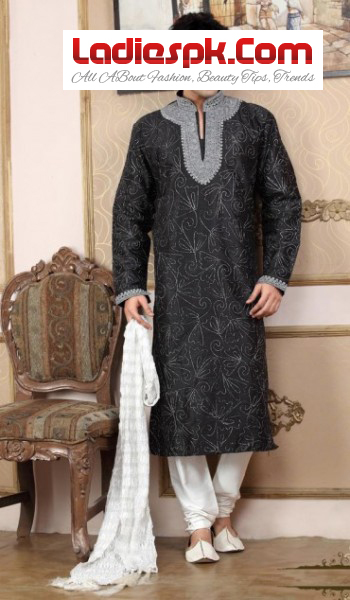 Men-Kurta-New-2013-Design-for-mehndi-wears-wedding