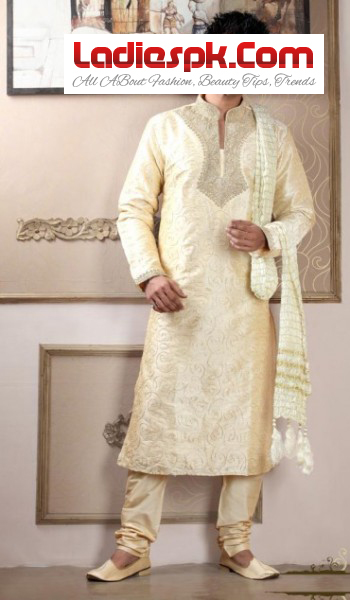 Mens-Kurta-Latest-Design-for-mehndi-wears-2013