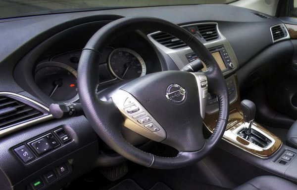 nissan sentra 2013 dashboard 2013 Nissan Sentra Price & Features