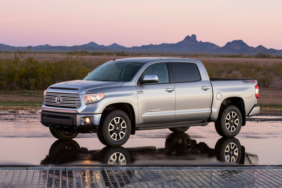 Tundra 2014 images silver color