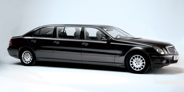 2013-Limousine-Side-View