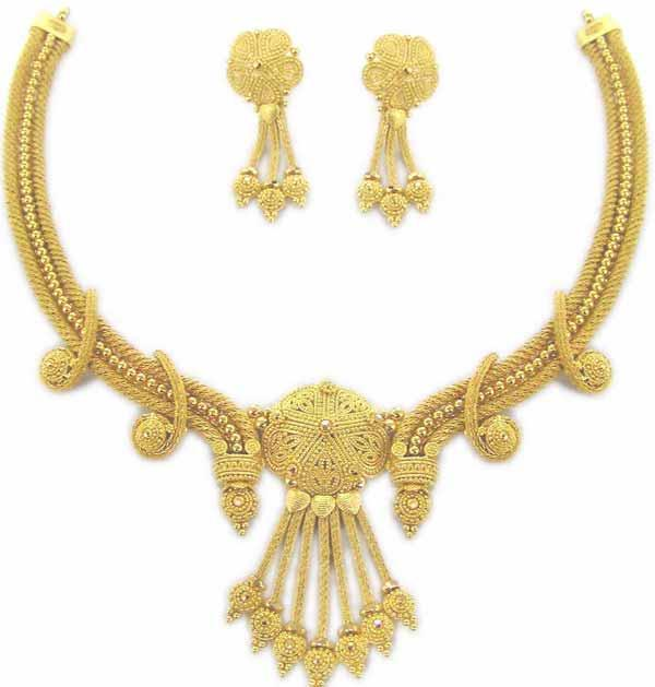 gold necklace design 2013 earrings Gold Jewellery Designs 2013 Bridal