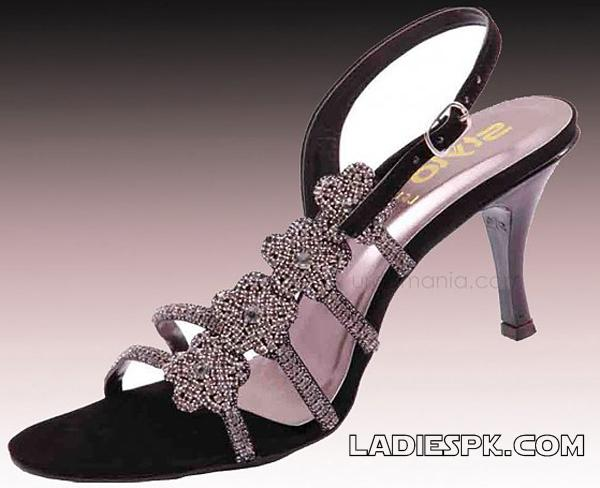 sandals black-and-purple-stylo-shoe-party-wear-design 2013