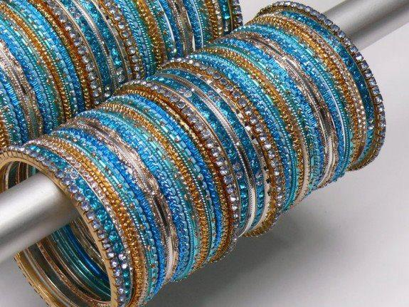 glass bangles images Desings