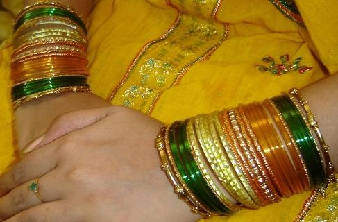 Pakistani-Glass-Bangles for Mehndi marriage Wedding