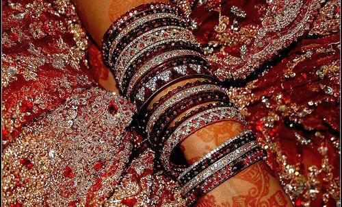 Wedding-Churian-Bridal-Bangles-2013