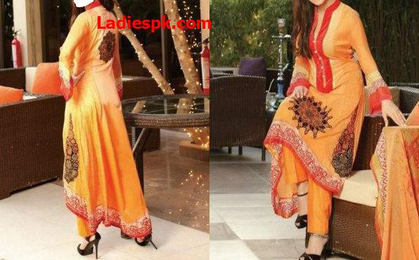 Zebaish-Lawn-by-Zohaib-Textiles-2013 tail gown