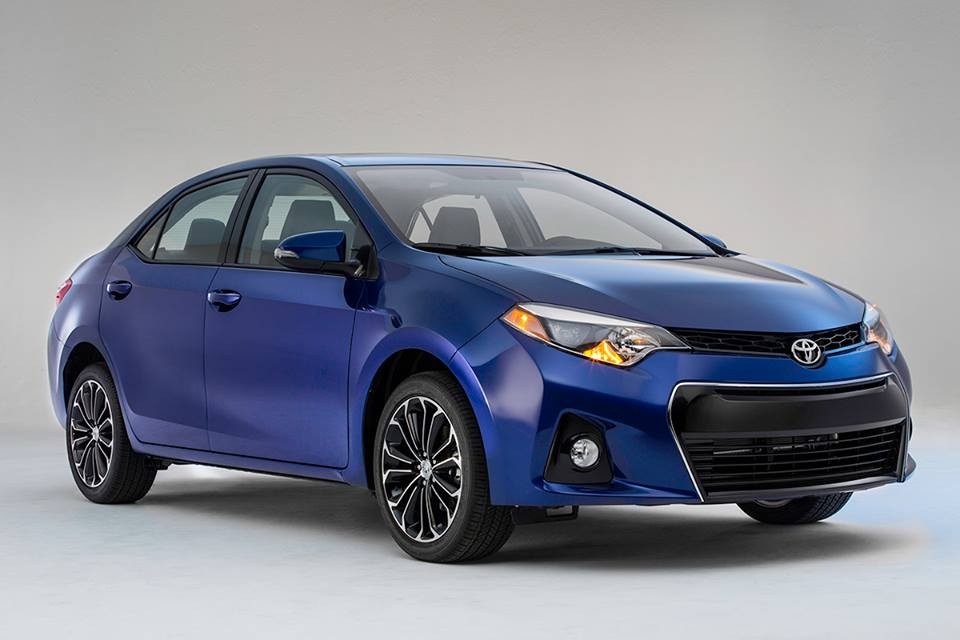 2014 Toyota Corolla in Blue Color