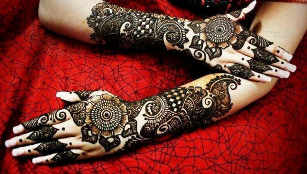 bridal Hand mehndi designs 2013