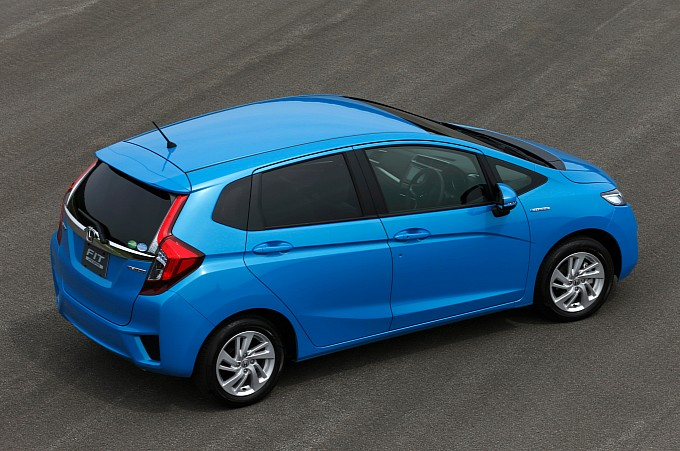 2014-honda-jazz-2015-honda-fit-photo-gallery-medium_10