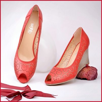 Stylo Foot Wear Eid Collection 2013 For Women