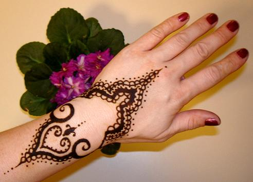 Simple eid special mehndi designs 2013 Hand for Girls