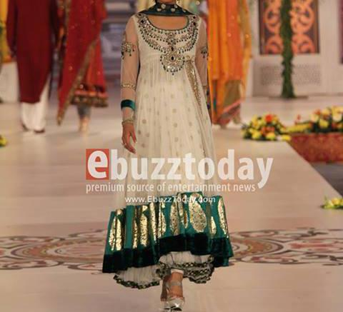 latest bridal dresses 2014 collection for valima white Latest Bridal Dresses Fashion Trend in Pakistan 2014 Collection