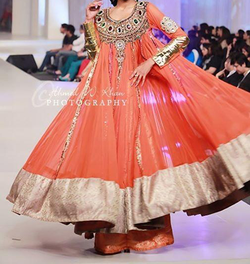 Latest-Fashion-of-Frock-Designs-2014-in-Pakistan005