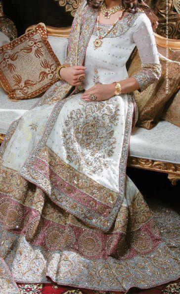 pakistani bridal dresses latest collection walima dresses 2014 valima white1 Latest Pakistani Bridal Dresses Collection 2014 for Walima