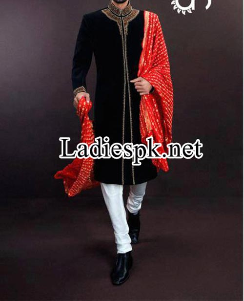 Designer--Ahsan-Hussain-Sherwani-Pajama-Couture-2014-Fashion-collection-facebook-2015