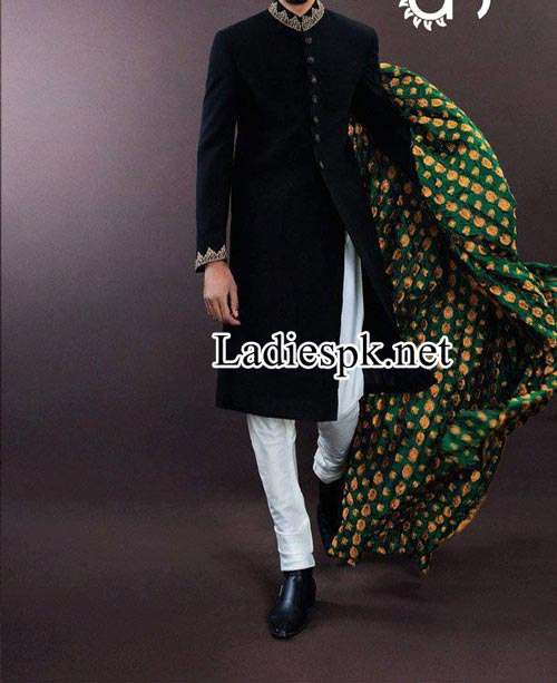 Designer--Ahsan-Hussain-Sherwani-Pyjama-Couture-2014-Fashion-collection-facebook-2015-Black